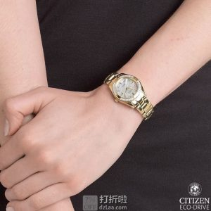 限Prime会员 金盒特价 西铁城 CITIZEN 珍珠贝母镶钻光动能女式手表 EW1824-57D 3.1折$152.99 海淘转运关税补贴到手约¥1185