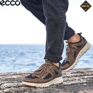 ECCO 爱步 Multi-Vent翱翔系列 GTX防水透气 男式户外运动鞋 42码4.4折$87.74 海淘转运到手约¥705